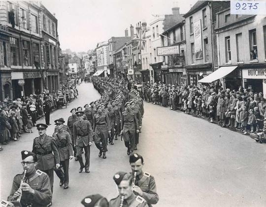 freedom-parade-1946_1024
